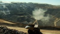 Funds balk at Barrick co-chairs $11.9M bonus